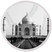 Taj Mahal Bw Round Beach Towel