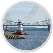Tarrytown Lighthouse Round Beach Towel