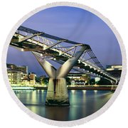 Tate Modern And Millennium Bridge Round Beach Towel