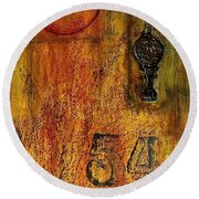 Tattered Wall  Round Beach Towel