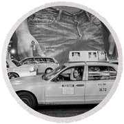Taxis On Fifth Avenue Round Beach Towel