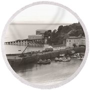 Tenby Harbour And Castle Hill Vignette Round Beach Towel