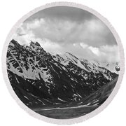 The Alaskan Range Round Beach Towel