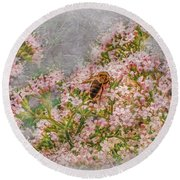 The Bee Round Beach Towel