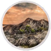 Round Beach Towel featuring the photograph The Calm Before The Storm by Garvin Hunter