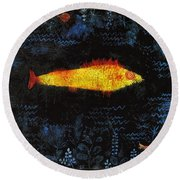 The Goldfish Round Beach Towel