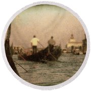 The Gondoliers Round Beach Towel