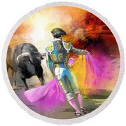The Man Who Fights The Bull Round Beach Towel
