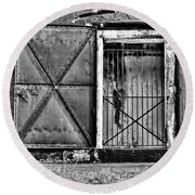 The Old Fort Gate-black And White Round Beach Towel