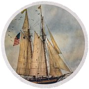 The Pride Of Baltimore II Round Beach Towel