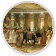 The Procession Of The Sacred Bull Round Beach Towel