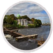 The Salmon Weir On The River Round Beach Towel