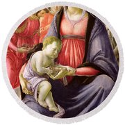 The Virgin And Child Surrounded By Five Angels Round Beach Towel