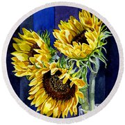 Three Sunny Flowers Round Beach Towel