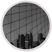 Through Brooklyn Bridge Round Beach Towel