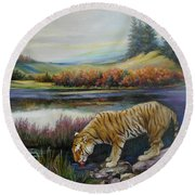 Tiger By The River Round Beach Towel