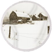 Till Dawn Farm Round Beach Towel