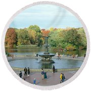 Tourists In A Park, Bethesda Fountain Round Beach Towel