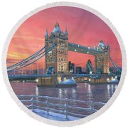Tower Bridge After The Snow Round Beach Towel by Richard Harpum