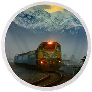 Train In New Zealand Round Beach Towel