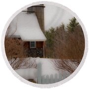 Tuftonboro Farm In Snow Round Beach Towel