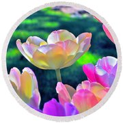 Tulip 21 Round Beach Towel