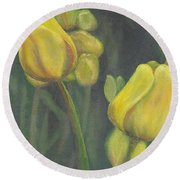 'tulips Stand' Round Beach Towel