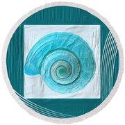Turquoise Seashells Xvii Round Beach Towel