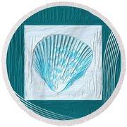 Turquoise Seashells Xxiii Round Beach Towel