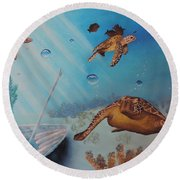 Turtles At Sea Round Beach Towel