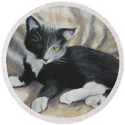 Round Beach Towel featuring the painting Tuxedo Kitten by Jeanne Fischer