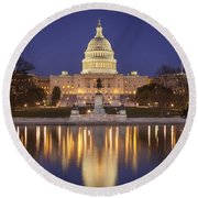 Twilight At Us Capitol Round Beach Towel