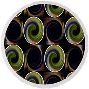 Twist Of Green Round Beach Towel