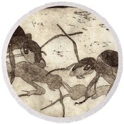 Two Ants In Communication - Etching Round Beach Towel