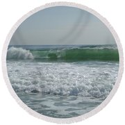 Two Green Waves Round Beach Towel