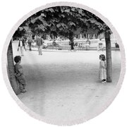 Two Kids In Paris Round Beach Towel