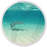 Underwater Flight Round Beach Towel