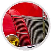 V8 - Another View Round Beach Towel