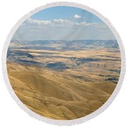 Round Beach Towel featuring the photograph Valley View by Mark Greenberg