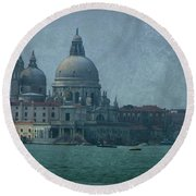 Round Beach Towel featuring the photograph Venice Italy 1 by Brian Reaves