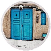 Very Blue Door Round Beach Towel
