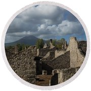 Vesuvius Towering Over The Pompeii Ruins Round Beach Towel