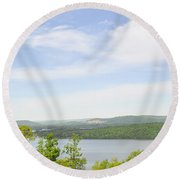 View Of The Mountains Of Alabama Round Beach Towel