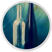 Vino Round Beach Towel