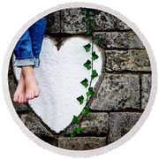 Waiting For Love Round Beach Towel