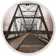 Walnut Street Bridge Round Beach Towel