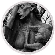 War Mother By Charles Umlauf In Black And White Round Beach Towel