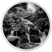 Waterfall At Rainbow Springs Round Beach Towel