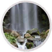 Round Beach Towel featuring the photograph Waterfall In Singapore by Shoal Hollingsworth