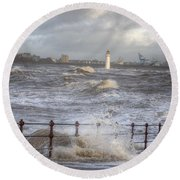 Waves On The Slipway Round Beach Towel